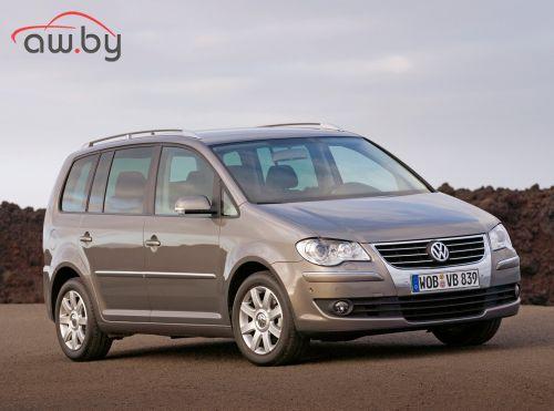 Volkswagen Touran  1.4 TSI MT