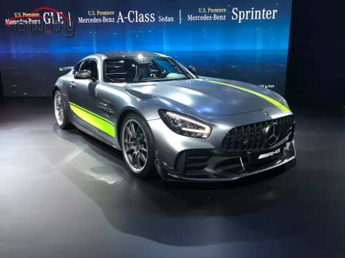Mercedes-AMG обновила свои суперкары GT