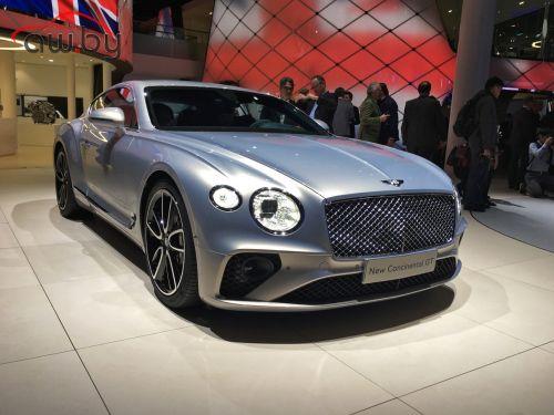 В Казахстане разгадывают тайну брошенного российского Bentley