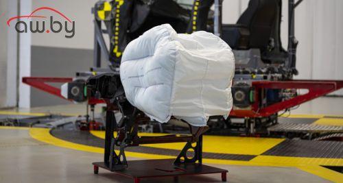 Honda сделала подушку безопасности из трех частей