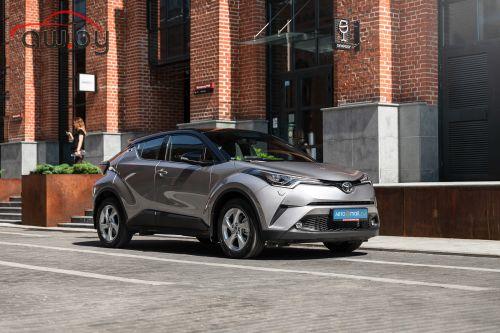Самый дешевый кроссовер Toyota: в ноябре состоится обновление