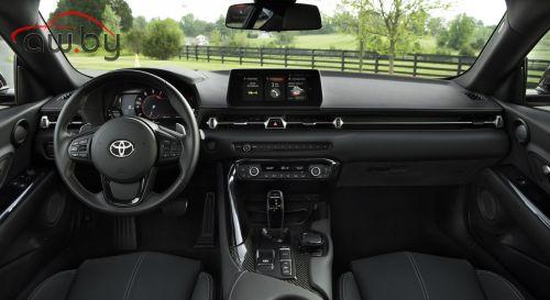 Купившим новую «Тойоту» выдадут другие автомобили