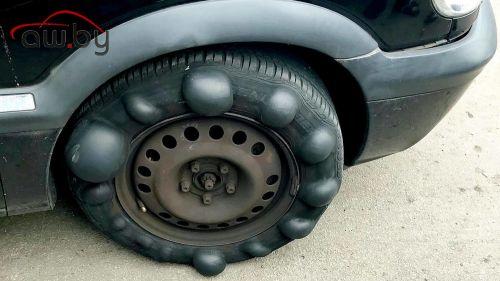 Водитель шокировал полицию «царь-грыжей» на колесе (фото)