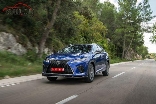 Новый Lexus RX: 3,3 млн рублей за «базу»