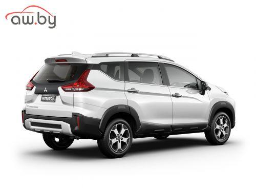 Mitsubishi представила гибрид минивэна и кроссовера (фото)