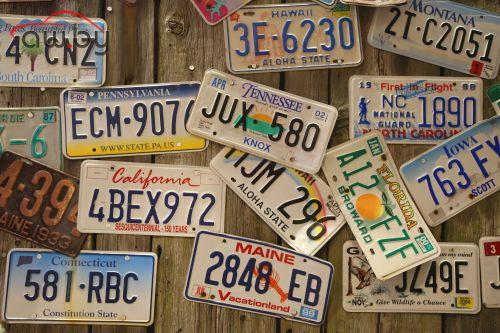 В США хотят разрешить автомобильные номера со смайликами