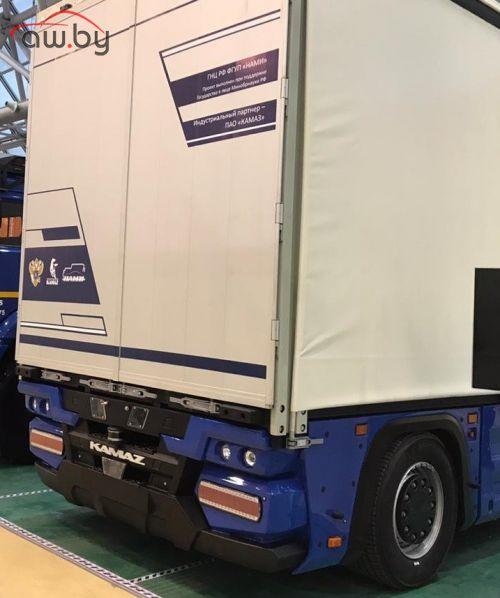 КАМАЗ сделал первый грузовик вообще без кабины (фото)