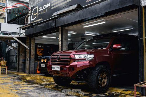 Toyota Land Cruiser переделали для езды в экстремальных условиях