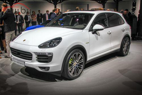 К Porsche подали многомиллионный иск из-за модели Cayenne
