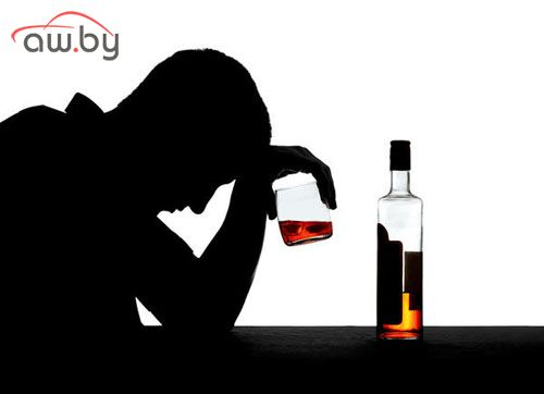 Если в семье алкоголик, где стоит лечить