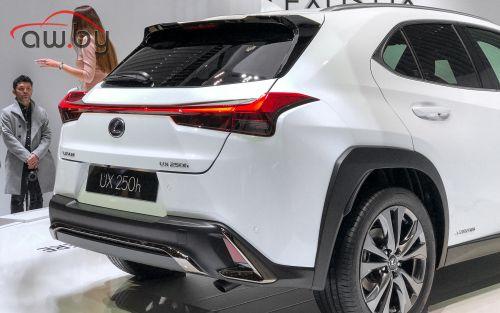 Lexus UX — мы получим его раньше европейцев