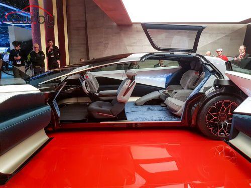 Новый Aston Martin: круче «Теслы», дороже Ferrari