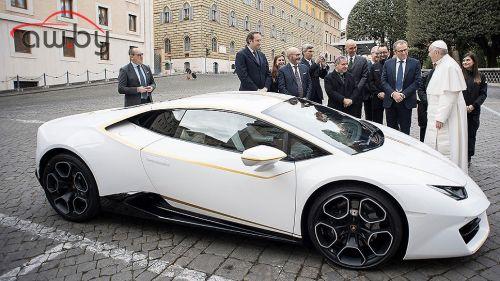 Lamborghini Папы Римского пустили с молотка за 715 тыс. евро