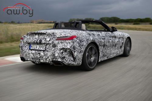 BMW опубликовала фото нового родстера Z4